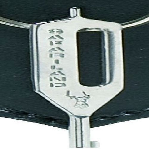 Safariland long handcuff key-