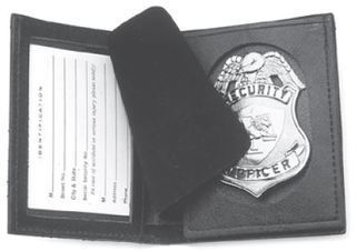 Badge & ID case RFID w/oval cutout-