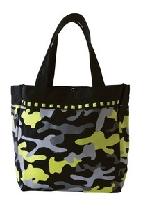 A113 Tote Bags-koi Med Accessories