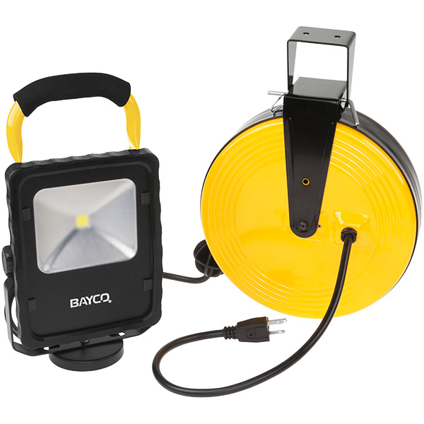 LED Work Light w/Magnetic Base on Retractable Reel