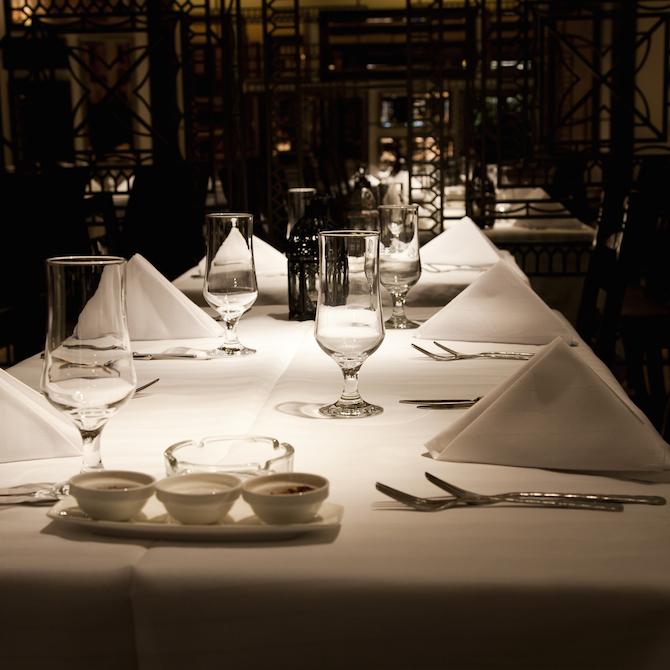 Tablecloth, 90x132 Black Infinity 6.4 oz, Spun-