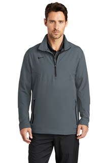 Nike 1/2-Zip Wind Shirt.-Nike