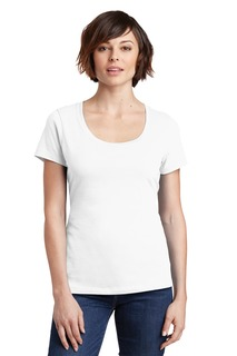 District® Womens Perfect Weight® Scoop Tee.-