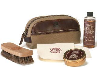 W8101300-200 Shoe Care Kit