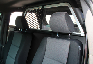 Ford Interceptor Utility (Explorer) 2013 Interceptor / Full Window Rear Partition / Uncoated clear polycarbonate