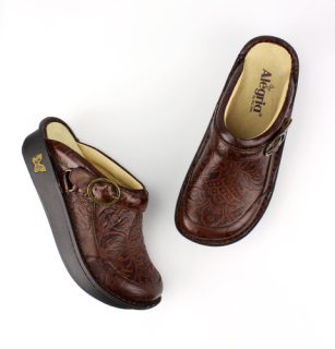 Seville Yeehaw Brown-