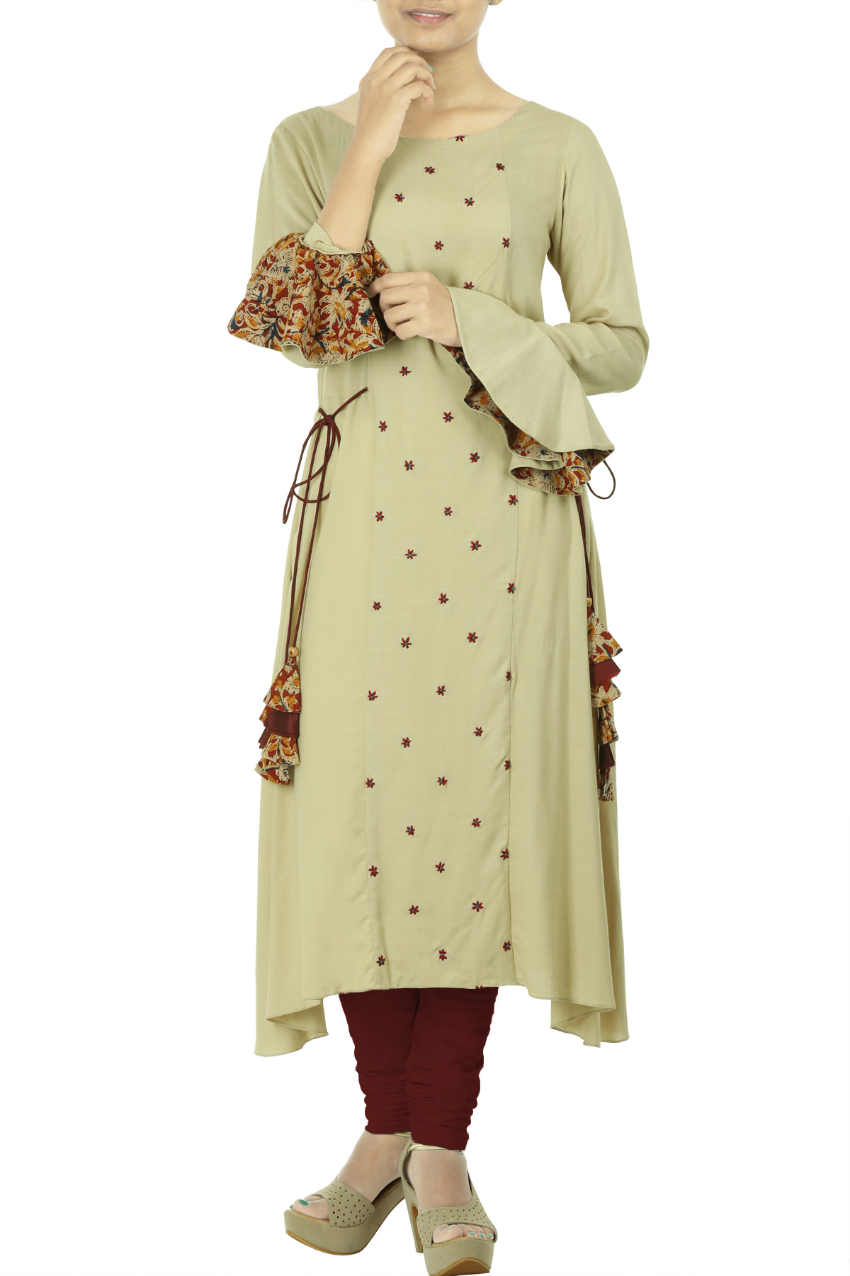 Beige rayon-flared tunic with thread floral embroidery